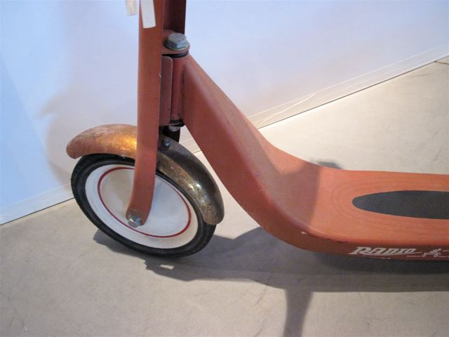 Radio Flyer <em>Retro</em> Scooter