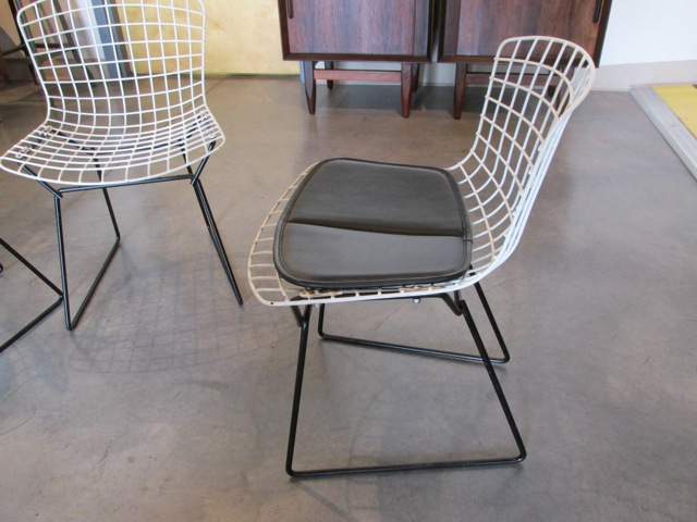 Metro Modern Harry Bertoia Side Child Chairs